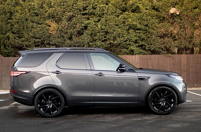 2017/17 Land Rover Discovery HSE TD6 3.0 12