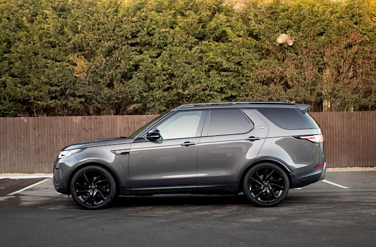 2017/17 Land Rover Discovery HSE TD6 3.0 14