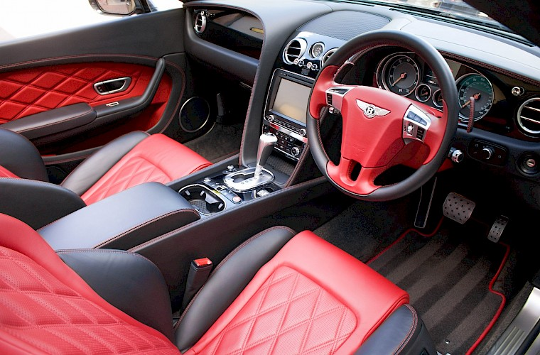 2015/15 Bentley Continental GT V8S Convertible 32