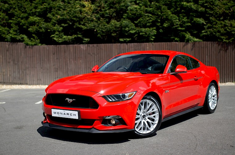 2016/16 Ford Mustang Fastback 5.0 V8 GT 4