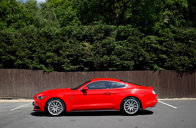 2016/16 Ford Mustang Fastback 5.0 V8 GT 14