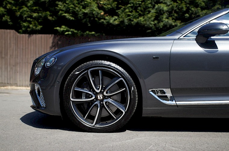 2019/19 Bentley Continental GTC First Edition 17