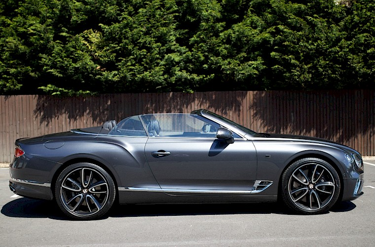 2019/19 Bentley Continental GTC First Edition 10