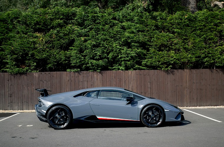 2018/18 Lamborghini Huracán Performante LP640 11