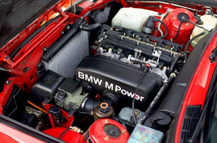 BMW M3 E30 Sport Evolution 24