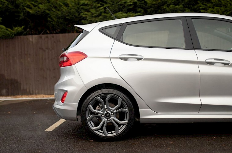 2019/19 Ford Fiesta ST-Line 99ps 15