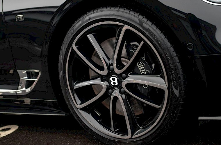 2019/19 Bentley Continental GT W12 First Edition 33