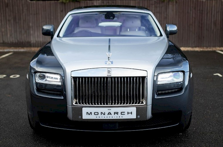 2011/60 Rolls-Royce Ghost V12 17