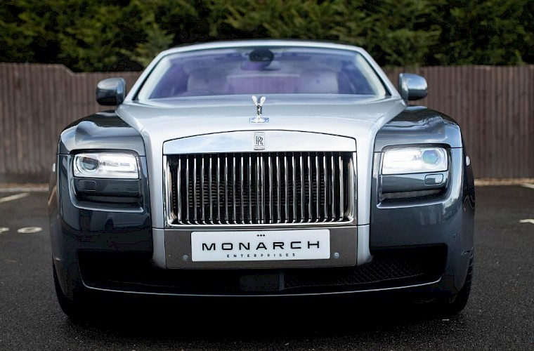 2011/60 Rolls-Royce Ghost V12 18