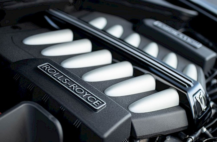 2011/60 Rolls-Royce Ghost V12 23