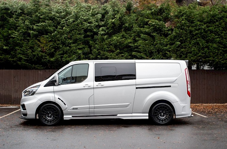 2018/68 Ford Transit Custom MS-RT 320 L2H1 Limited 10