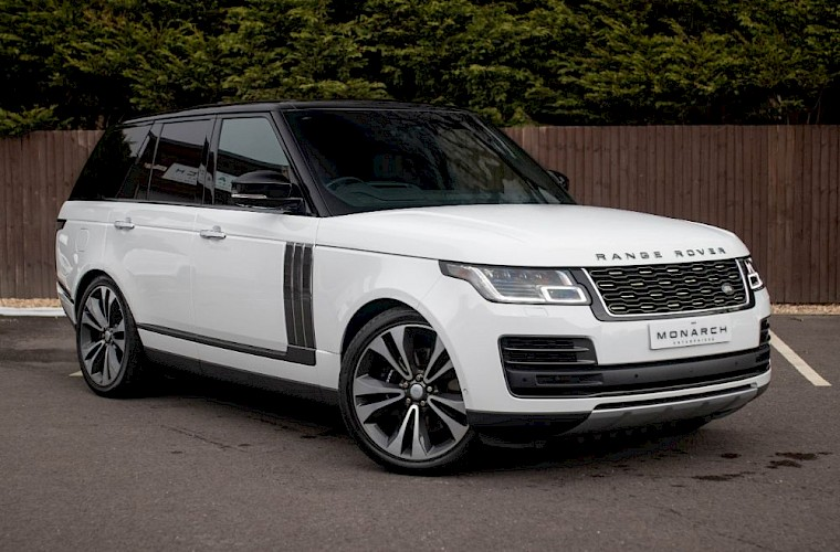 2020/20 Range Rover SV Autobiography Dynamic 3