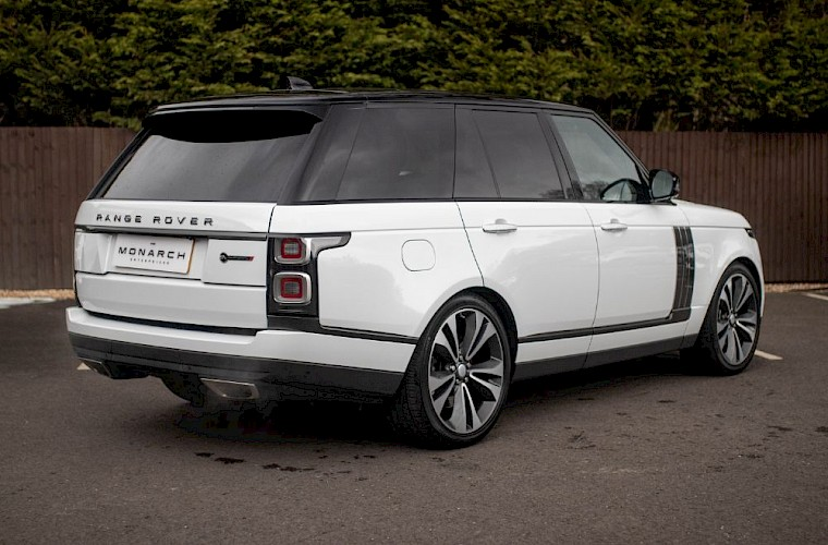 2020/20 Range Rover SV Autobiography Dynamic 11