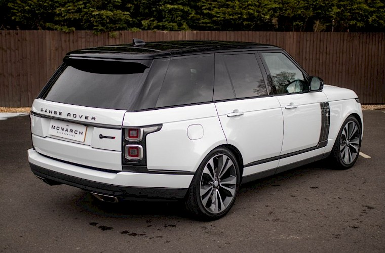 2020/20 Range Rover SV Autobiography Dynamic 9