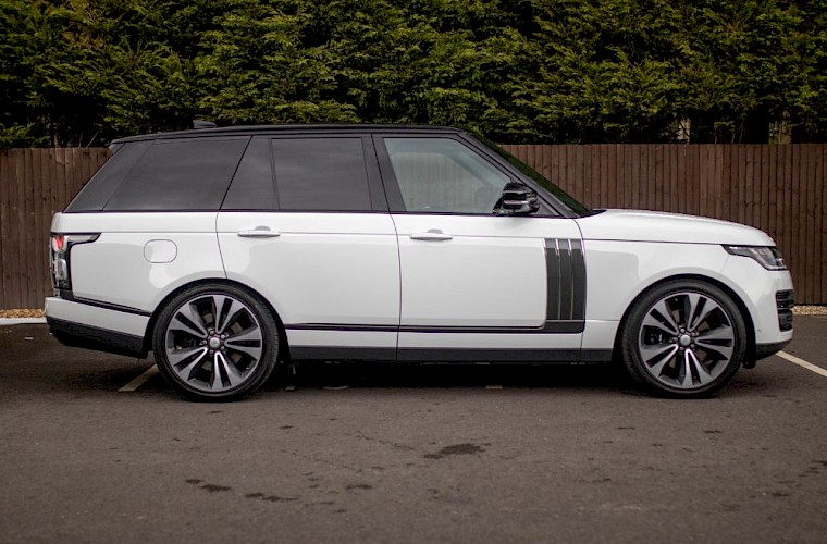 2020/20 Range Rover SV Autobiography Dynamic 13
