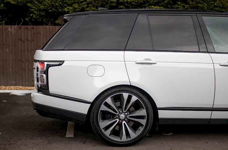 2020/20 Range Rover SV Autobiography Dynamic 15