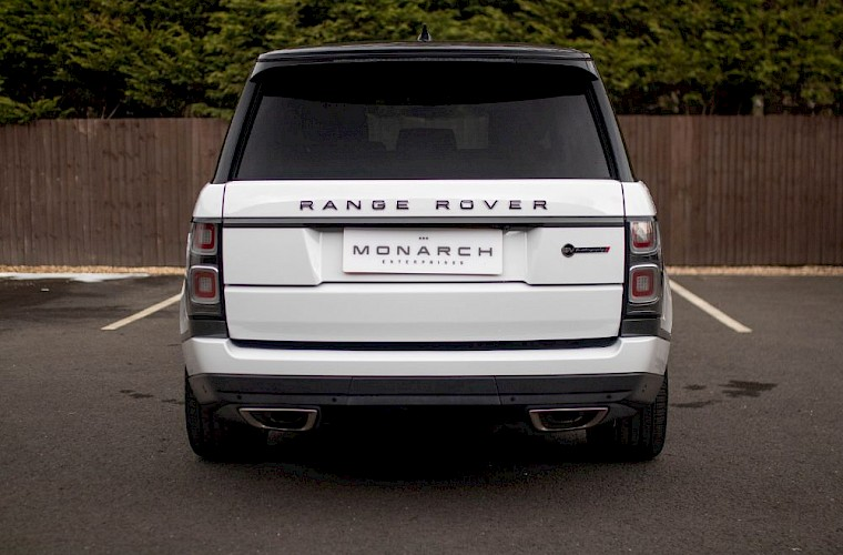 2020/20 Range Rover SV Autobiography Dynamic 18